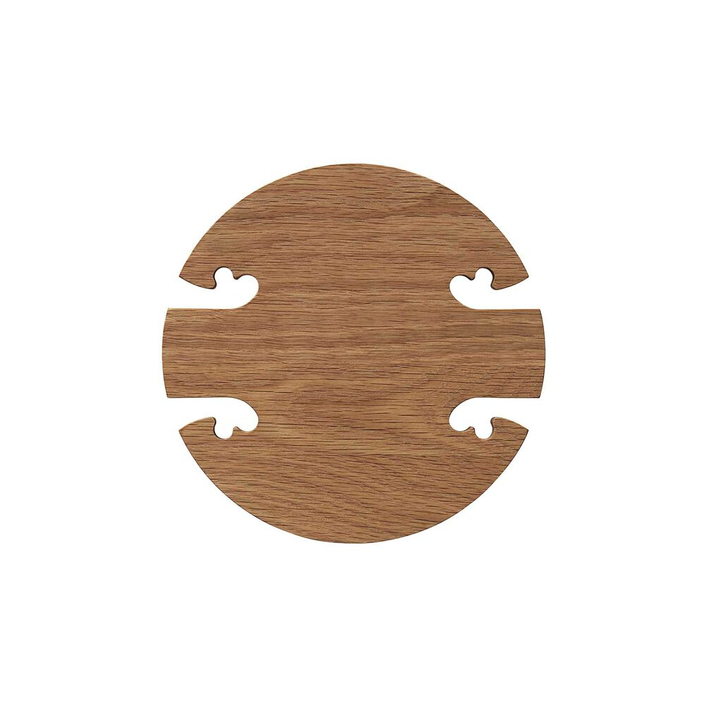 Round gourmet wood trivet in oak