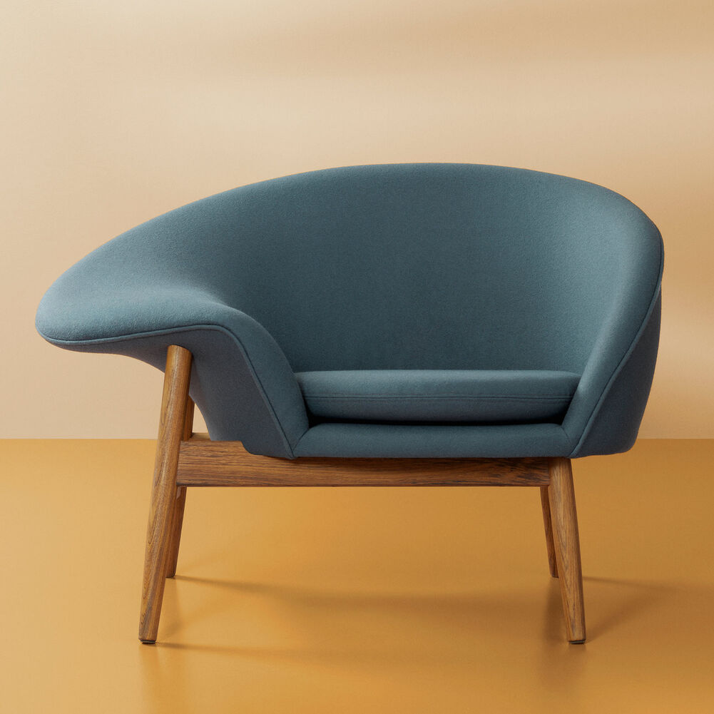 Fried Egg in petrol blue colour designed by Hans Olsen.