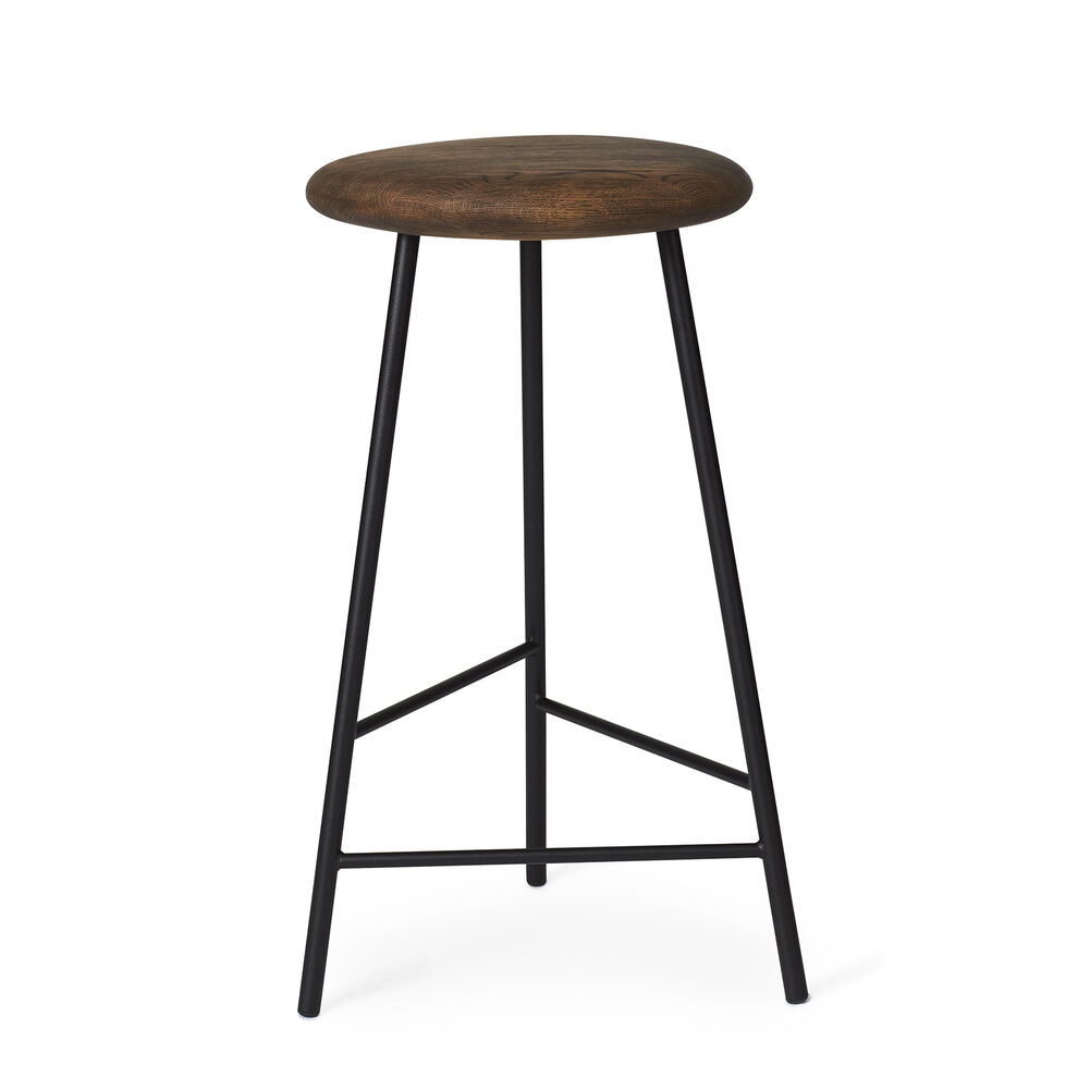 Pebble bar stool in smoked oak and black, 65 cm.