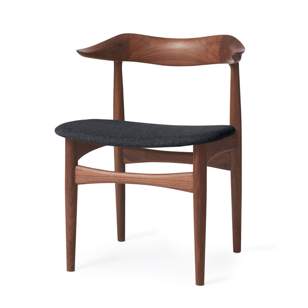 Cow horn dining chair in walnut and anthracite melange textile