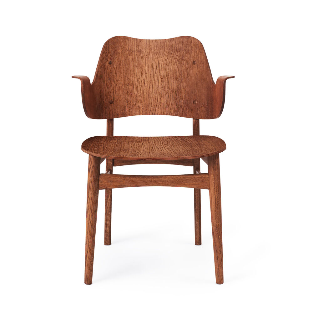 Gesture dining chair in teak
