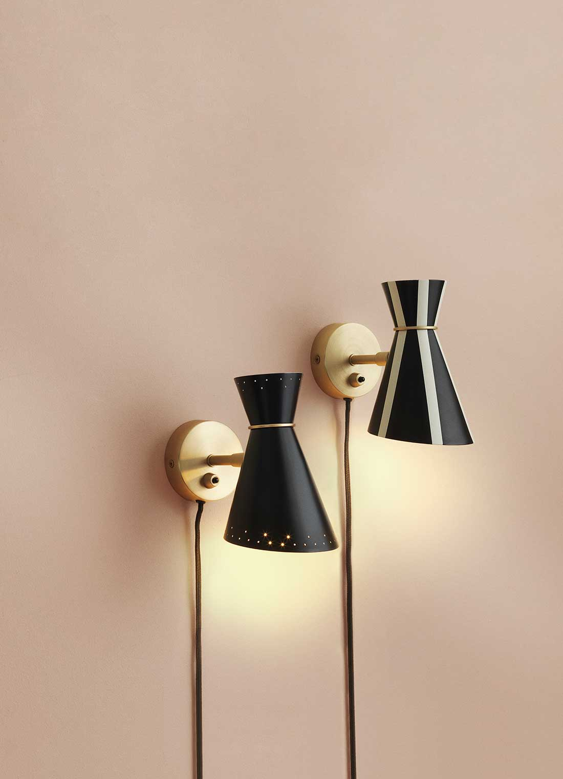 Bloom wall lamp in stripes and black colour
