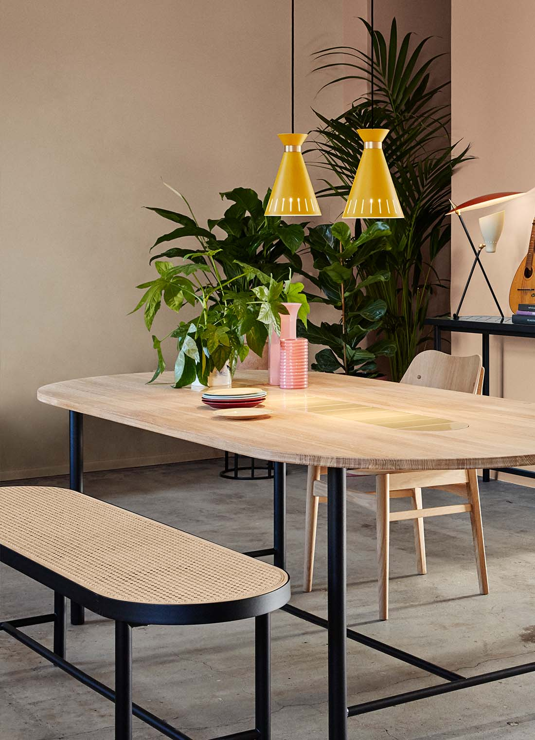 Cone pendant in yellow with Be my guest dining table